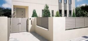 エクステリア商品のフェンスと門扉